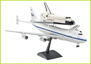 Model do sklejania Zestaw Boeing 747 Space Shutle Atlantis